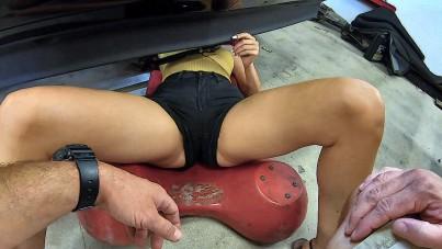 Pussy Car Mechanic